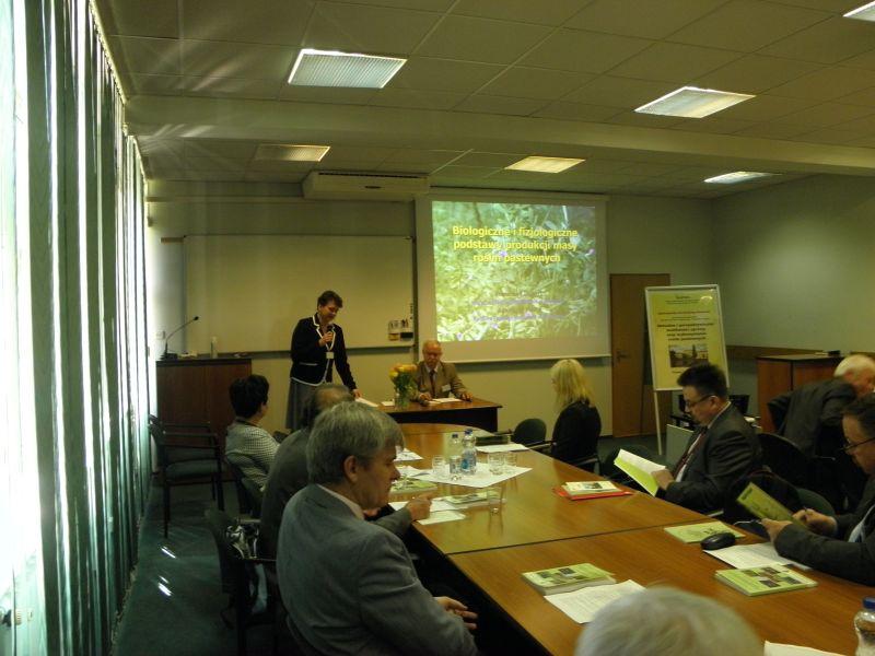 """Konferencja Naukowa nt. """"Aktualne i perspektywiczne możliwości uprawy oraz wykorzystania roślin pastewnych"""""""